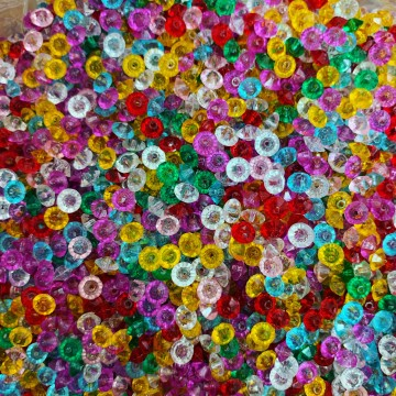 Plastic Beads 5mm Diameter 100g